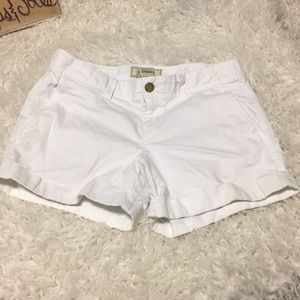"🍀5/$35 Old Navy shorts 4"" inseam not a 5"""
